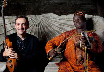 Justin Adams and African instrument virtuoso Juldeh Camara
