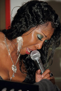 Image of Toni Green Singing